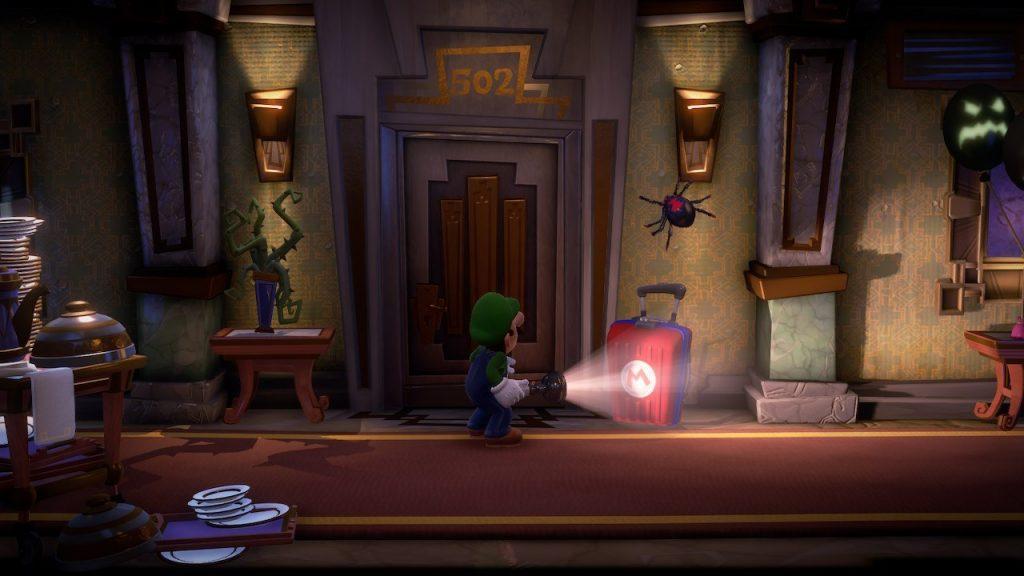 Luigi Sneaking in Hallway
